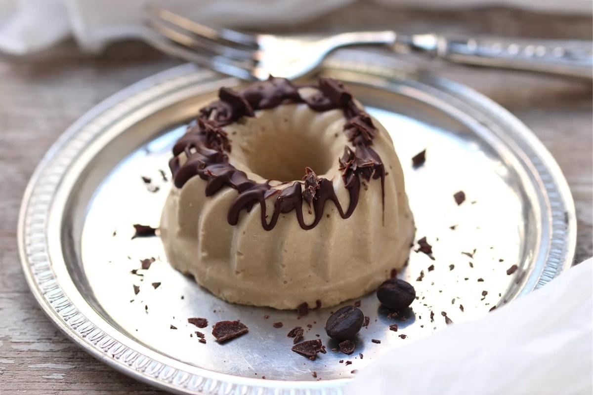 Bavarese al caffè - cremosa, fresca, irresistibile