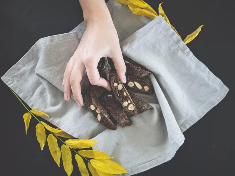 cantucci al cacao e caffè