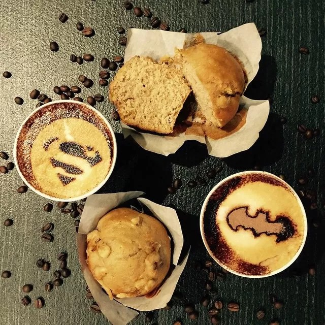 super coffee - latte art batman superman