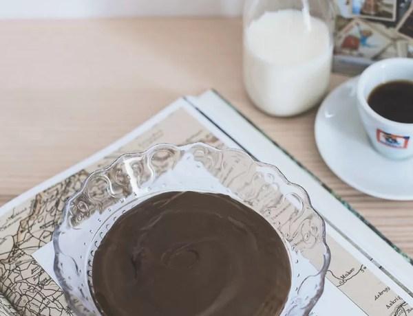 Crema pasticcera al caffè espresso senza lattosio e senza glutine, ricetta veloce e semplicissima!