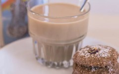 Biscotti al caffè e nocciole facilissimi (ricetta con soli albumi)