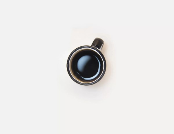 Caffè amaro: ecco le proprietà dell'espresso che allunga la vita