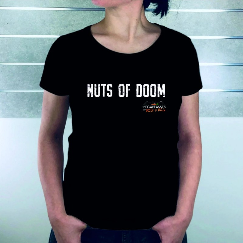 Nuts_of_doom_Frauen