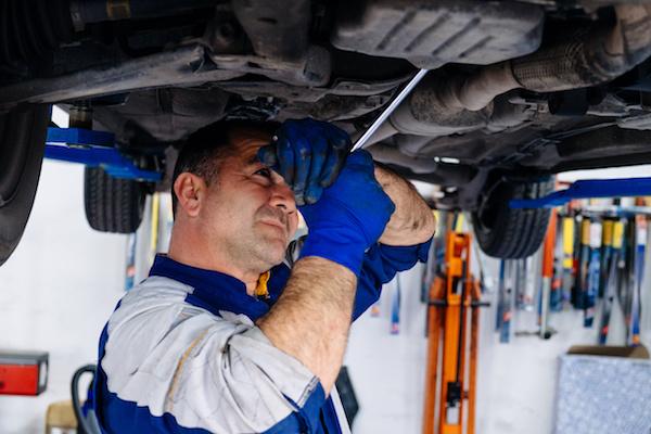 DERWYDD GARAGE LLANDYBIE CAR REPAIRS AMMANFORD