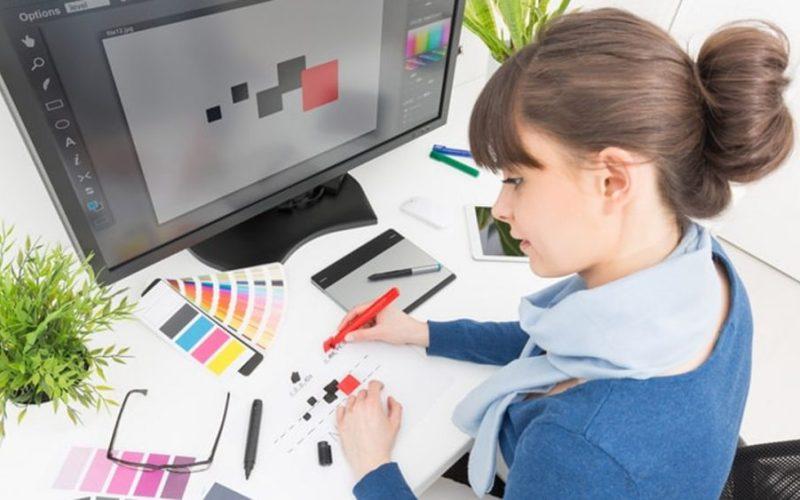desain grafis perempuan