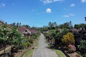 Harga Tiket Masuk Desa Penglipuran Bali - Jalan