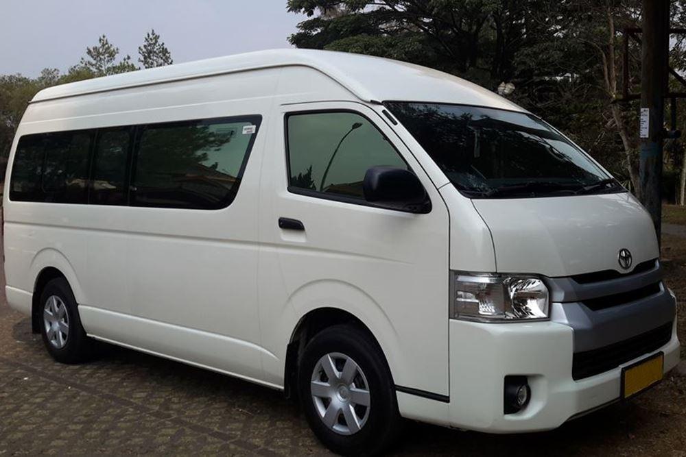 Transport Service Desa Penglipuran - Toyota Hiace 01