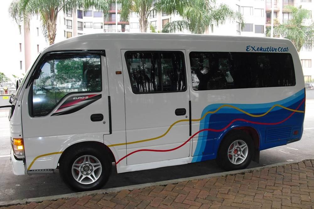 Transport Service Isuzu Elf Desa Penglipuran 04