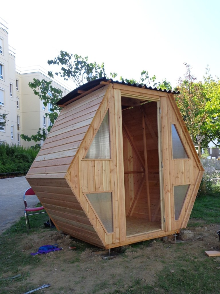 construire une cabane facile