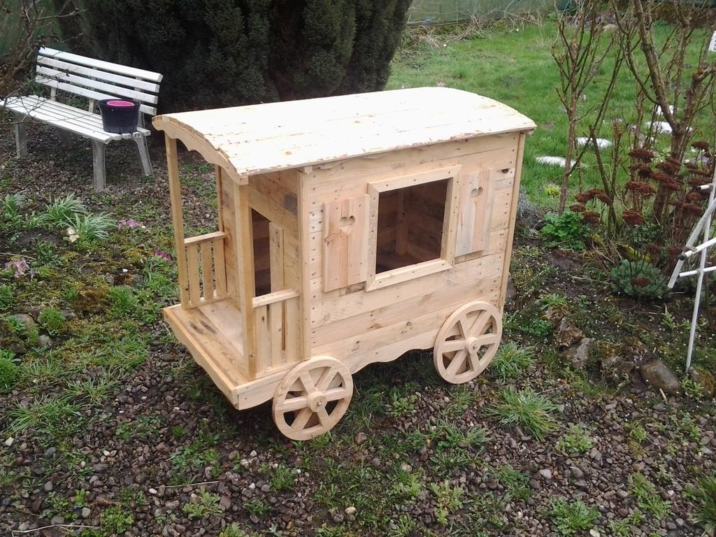 construire une maisonnette en bois