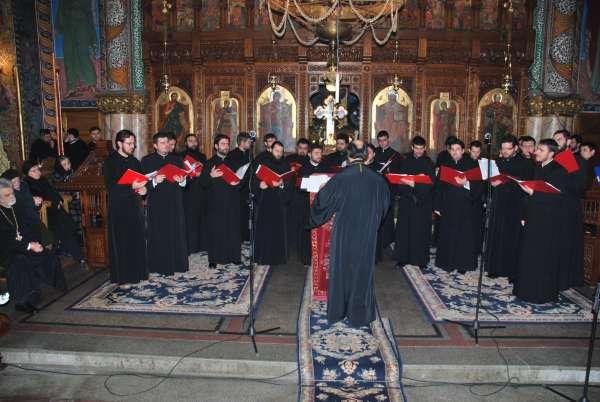 Programul concertelor de Crăciun ale corului Kinonia al episcopiei Severinului şi Strehaei