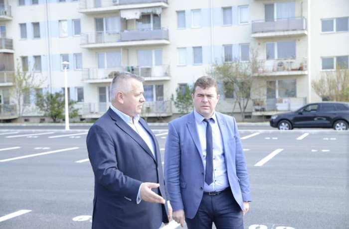 Parteneriat între Consiliul Județean Mehedinți și primăria Drobeta Turnu Severin pentru amenajarea a 27 de locuri de joacă