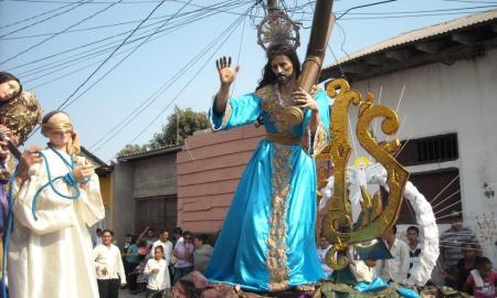 procesion la reseña