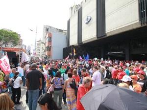 Oficialistas se concentran en las afueras del Ministerio Publico
