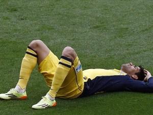 Diego Costa en el césped del campo