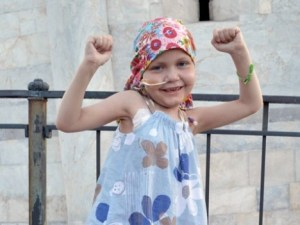 Cáncer: Claudia Burkill, niña británica que venció cáncer cerebral