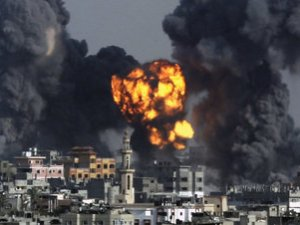 Gaza: Norte bajo fuego y humo
