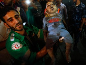 Una bebé fallecida en bombardeo