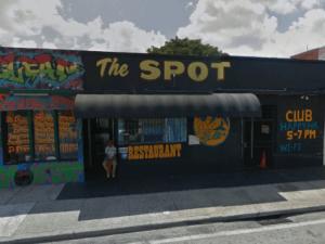 Fachada bar Miami donde ocurrió tiroteo