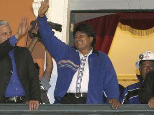 Evo Morales y Álvaro García Linera en Balcón del Palacio Presidencial