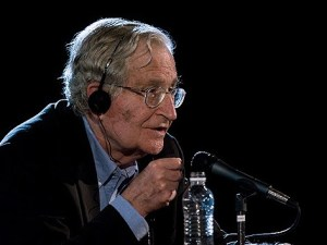 Noam Chomsky en video conferencia