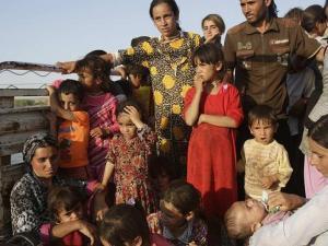 Familias Yazidíes huyen del Estado Islámico