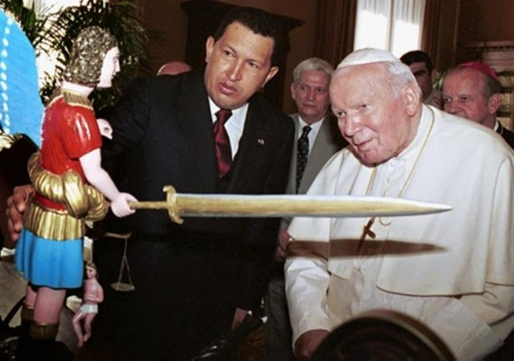 Hugo Chávez y Juan Pablo II
