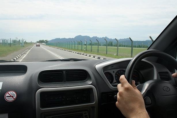 conducir a la derecha