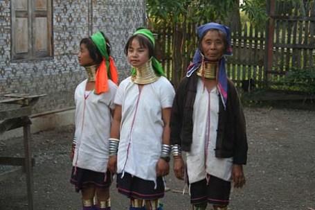 mujeres de la tribu Padaung (Yan Pa Doung)