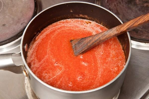 salsa-de-tomate-con-los-ajos