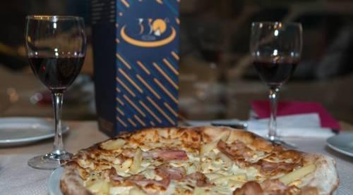 pizza-330-4756