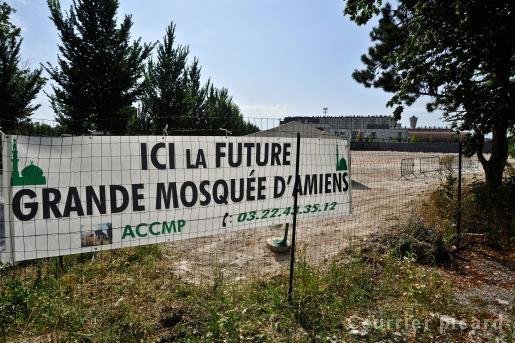 future grande mosquée à Amiens-Nord