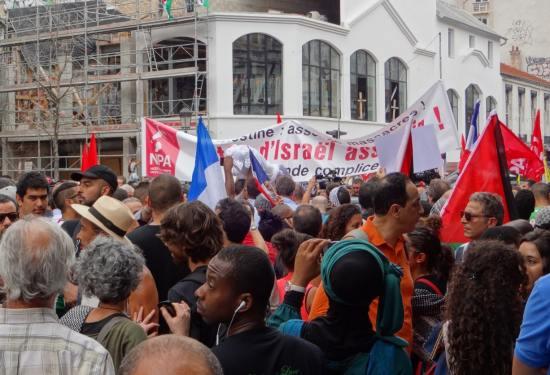 Le NPA manifeste contre Israël malgré l'interdiction