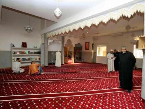 La salle de prière de la mosquée de Narbonne