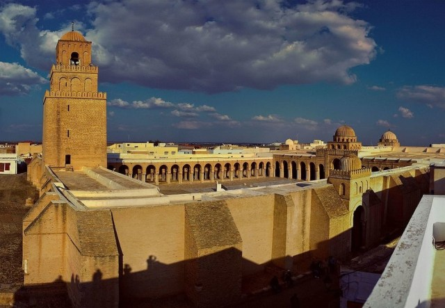Great_Mosque_of_Kairouan_Panorama_-_Grande_Mosquée_de_Kairouan_Panorama