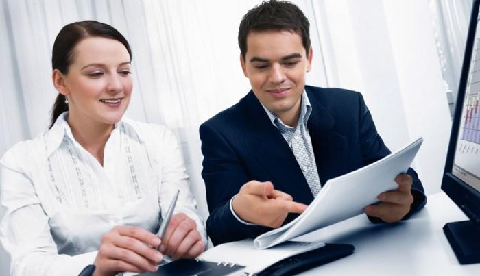 diferencia entre un vendedor y un asesor