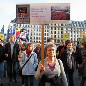 Danielle-Marche contre la fourrure du 19 novembre 2011