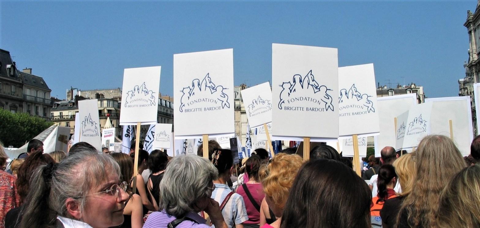 Brigitte Bardot_Marche européenne contre la vivisection_avril 2011
