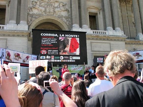 manifestation anti-corrida du 28 mai 2011