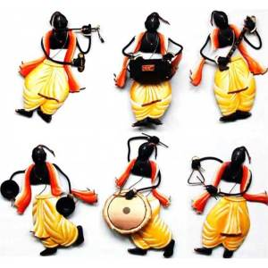 Pandit Musician set of 6 iron wall hanging