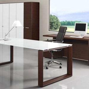 SD19 - scrivania direzionale con struttura in legno e piano in vetro temperato bianco, disponibile anche in altre finiture (BRALCO)