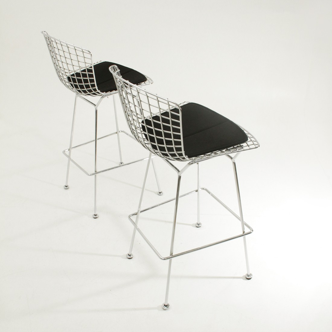 Pair Of Bertoia Chairs By Harry Bertoia For Knoll