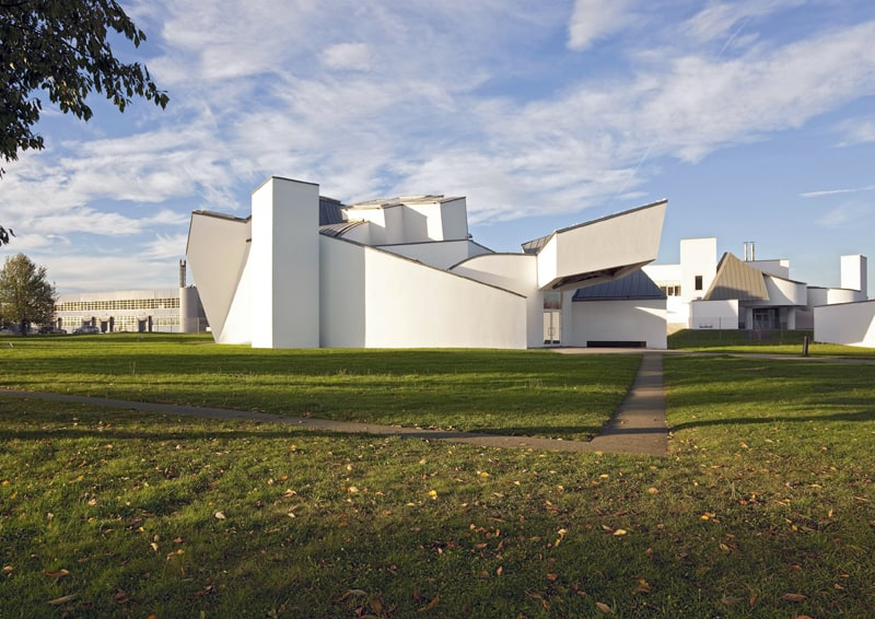 """Exhibition """"Frank O. Gehry since 1997"""" Vitra Design Museum Weil am Rhein 02.10.2010-13.03.2011. Architecture of Museum and Gehry building. Photos Bettina Matthiessen"""
