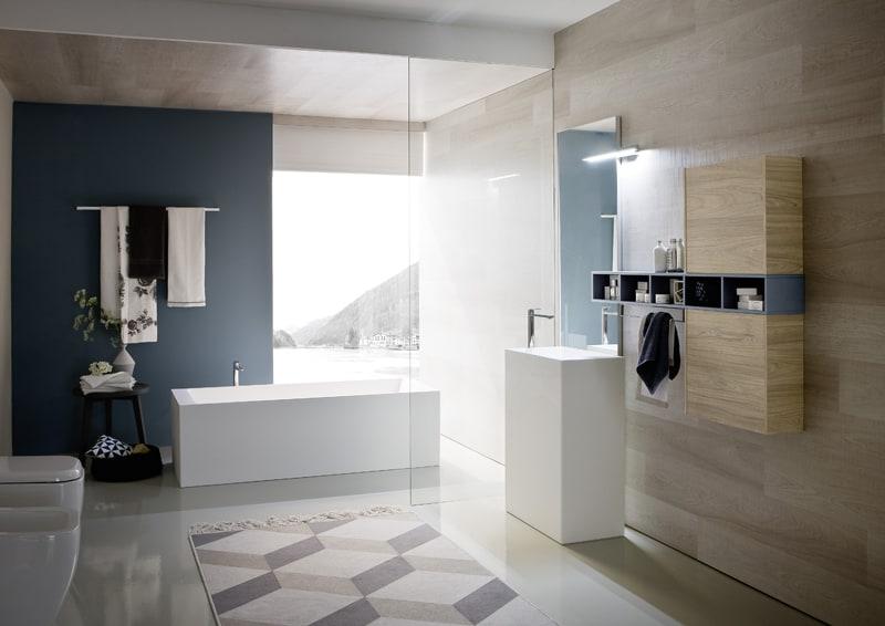 progetto bagno | legno chiaro e azzurro per la collezione NYU di Ideagroup