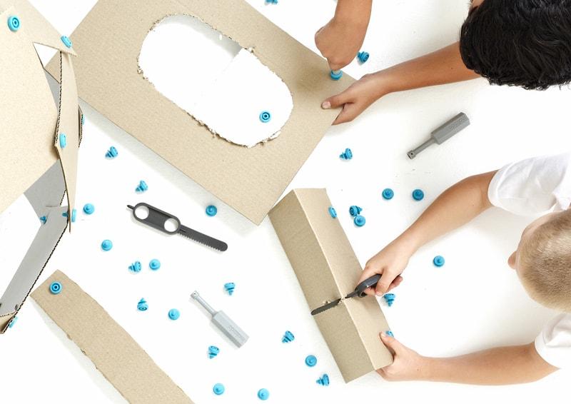 design australiano | Paul Justin |Makedo Toolkit Cardboard Construction System