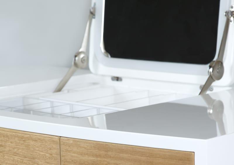 design australiano | Brendan Wong|isobel by Brendan Dressing Table