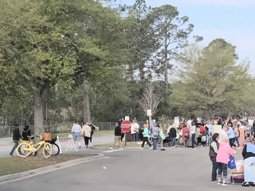 9:00 am and already packed! - The World's Largest Yard Sale – Hilton Head Island – design42