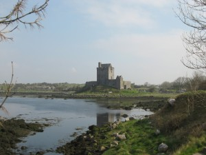 Dunguaire Castle is near Kinvarra on the Galway Bay in County Galway, Ireland.