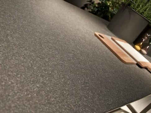 top-cucina-in-gress-grigio-effetto-pietra