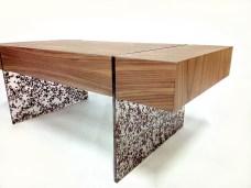truciolo-coffee-table-in-noce-canaletto-con-gambe-in-resina-(2)